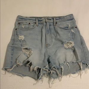 Abercrombie Cure Love shorts